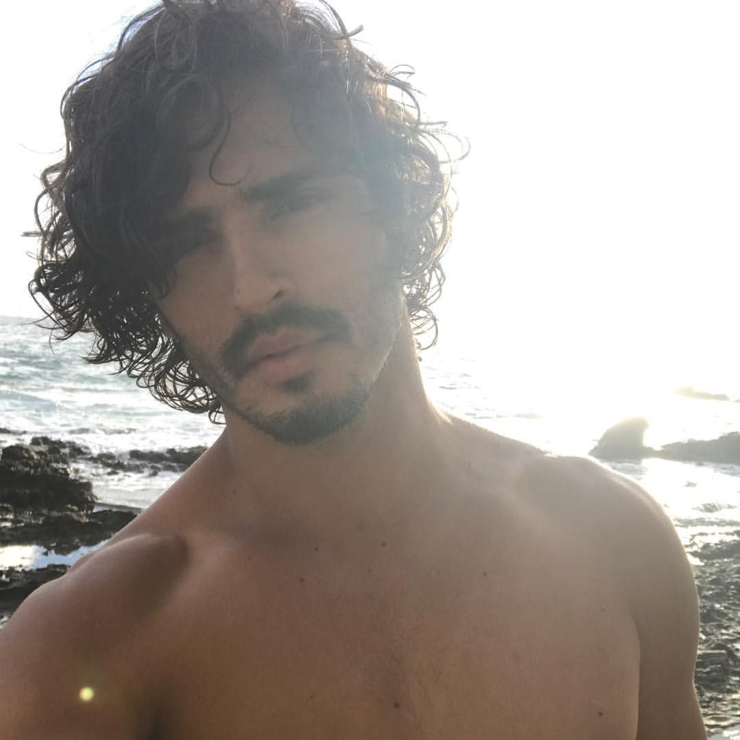 377 Likes 15 Comments Marcos Miranda Marcos Mmv On Instagram Good Morning Lagunabeach Morning Malemodel Guy Pictures Laguna Beach Male Model