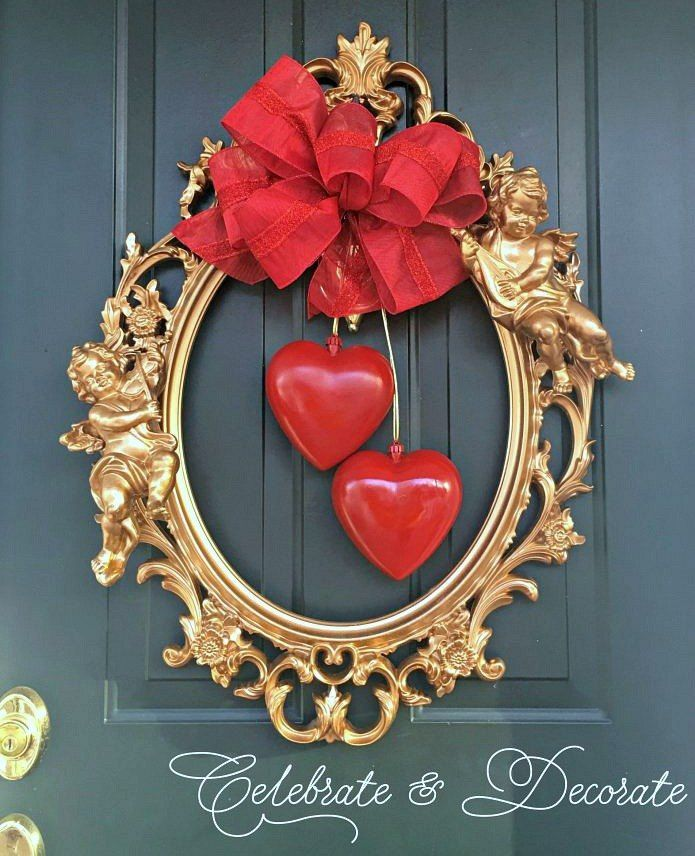 A DIY Valentine\'s Wreath With a Picture Frame | Ideas de san ...