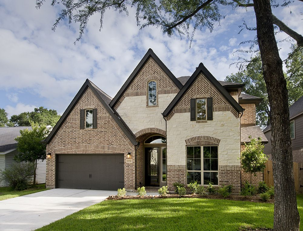 Oak Forest Home Ready For Move-In - 3,386 Sq. Ft. #PerryHomes #trustedbuilder #OakForest #HoustonHeights #TheHeights #HoustonHomes #realestate #relocatingtohouston #houstonenergycorridor #openconcept #openfloorplan #interiordesign #homebuilding #homebuying #summersalesevent