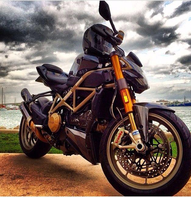 My old Ducati Streetfighter!   Ducati, Bike, Motorcycle