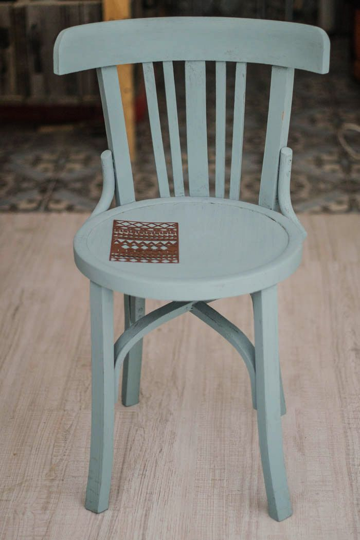 Silla etnica chalk paint pintar cadires pinterest sillas pintar y decoraci n - Pintar sillas de madera ...