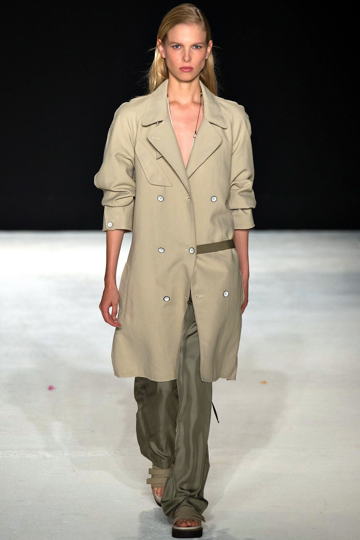 Forum on this topic: Spring 2015 Trend: MilitaryChic, spring-2015-trend-militarychic/