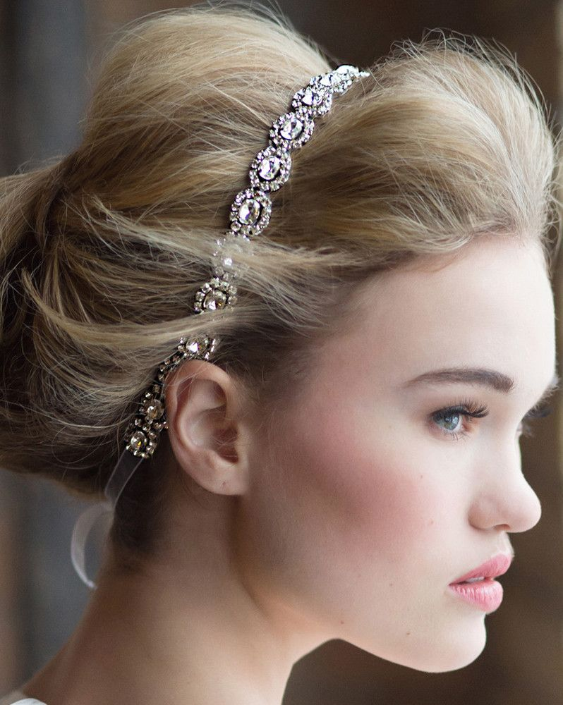 #Wedding #Hair long with headband ♡ Wedding Planning App … How to organise an entire wedding, within your budget https://itunes.apple.com/us/app/the-gold-wedding-planner/id498112599?ls=1=8 ♥ Weddings by Colour http://pinterest.com/groomsandbrides/boards/ ♥