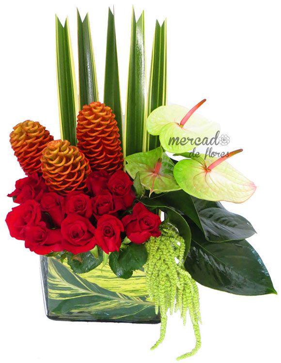 Un arreglo floral espléndido: Anturios (3), una docena de Rosas ...