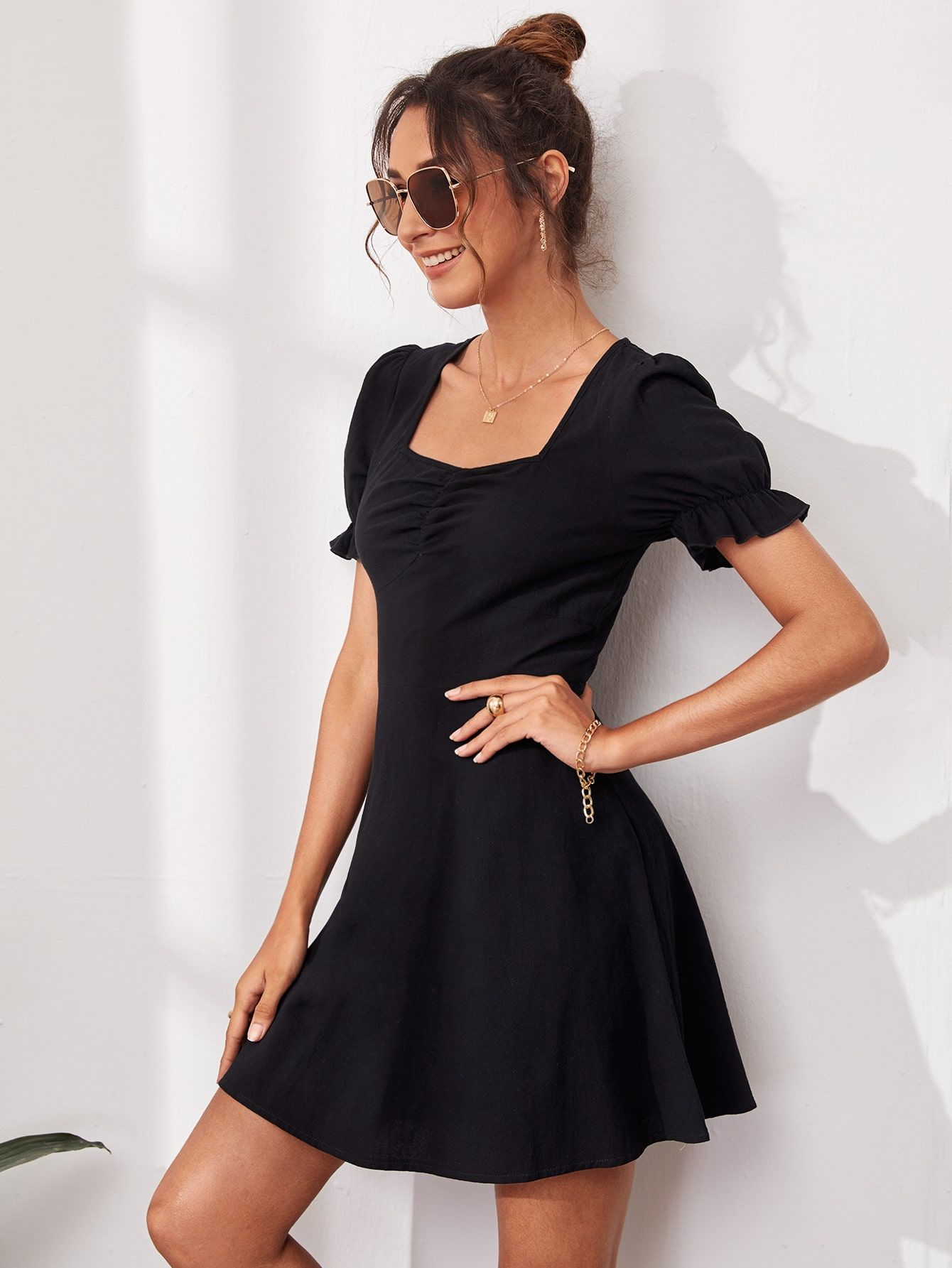Sweetheart Neck Ruched Solid Dress Shein Usa Dresses Solid Dress Fashion [ 1785 x 1340 Pixel ]