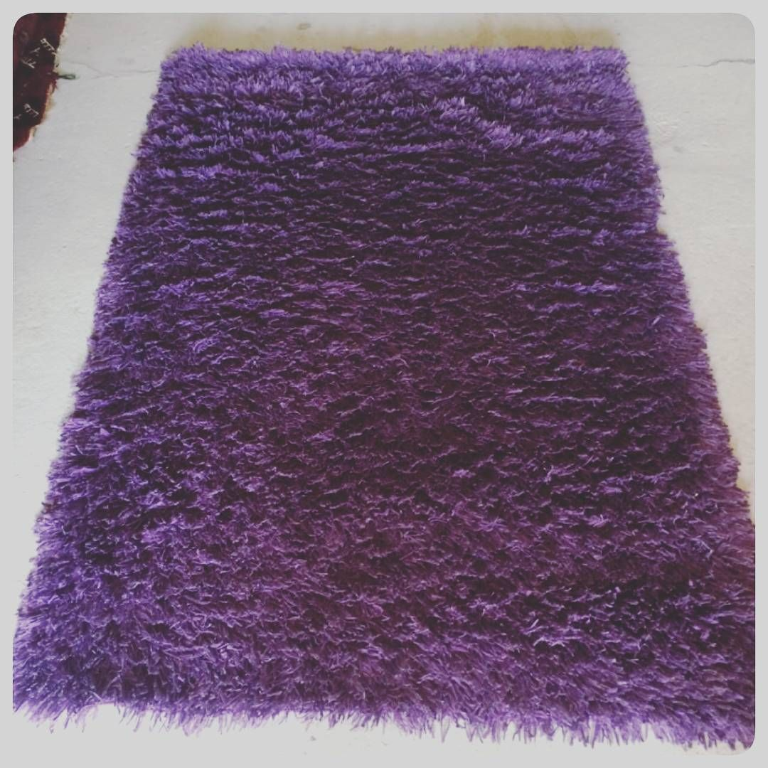 For Sale Carpet Size 180x120 Price 10 Bd للبيع سجاد لون بنفسجي مقاس 180x120 السعر 10 Bd Tel 33770050 Carpet Shag Rug Decor