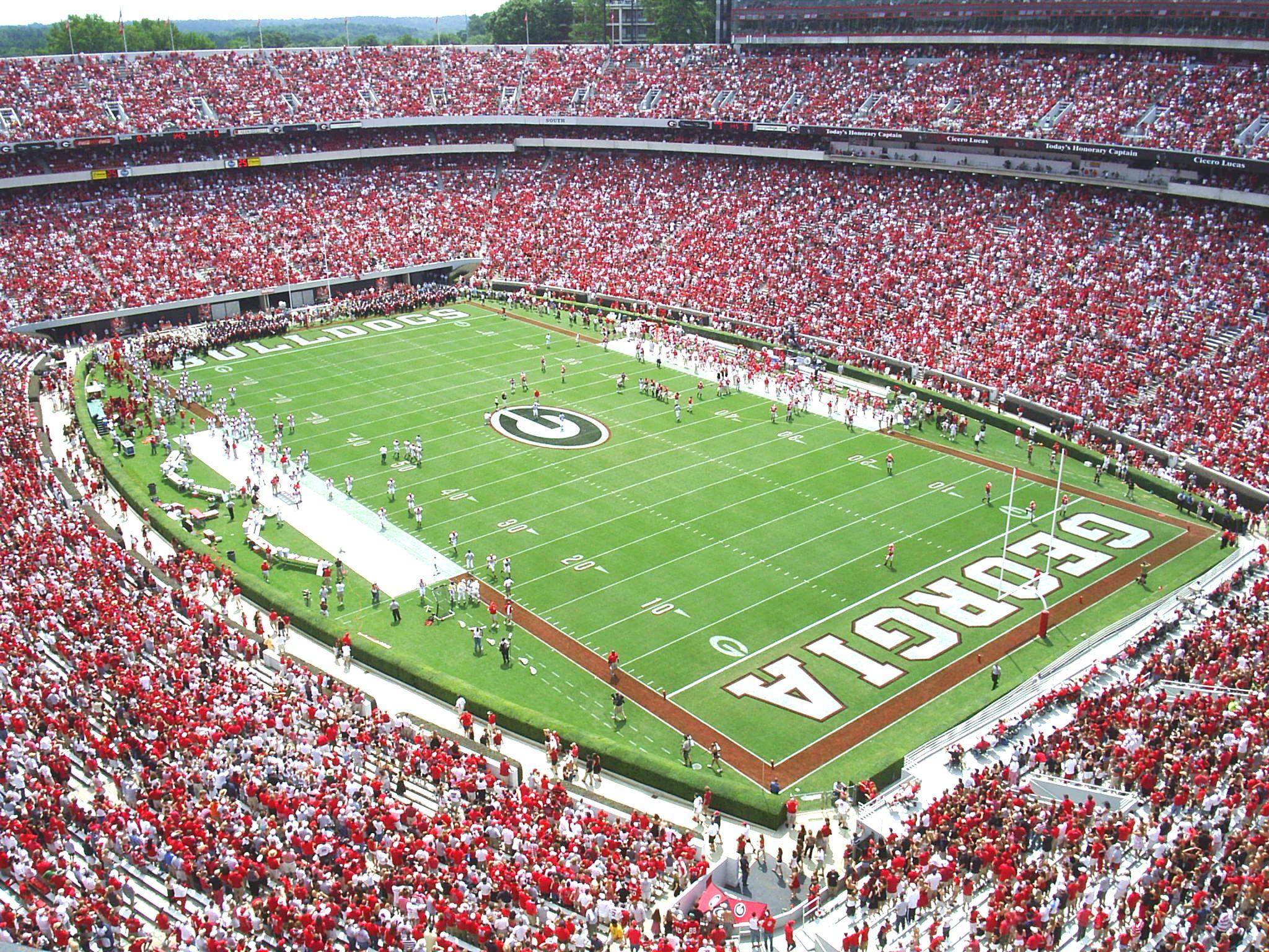 Sanford Stadium Athens Ga Gooooooooooooo Dawgs Uga Football Football Stadiums Sanford Stadium
