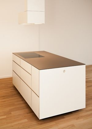 berlin mitte prenzlauer berg keramik arbeitsplatte insel arbeitsfl che beleuchtung k che. Black Bedroom Furniture Sets. Home Design Ideas