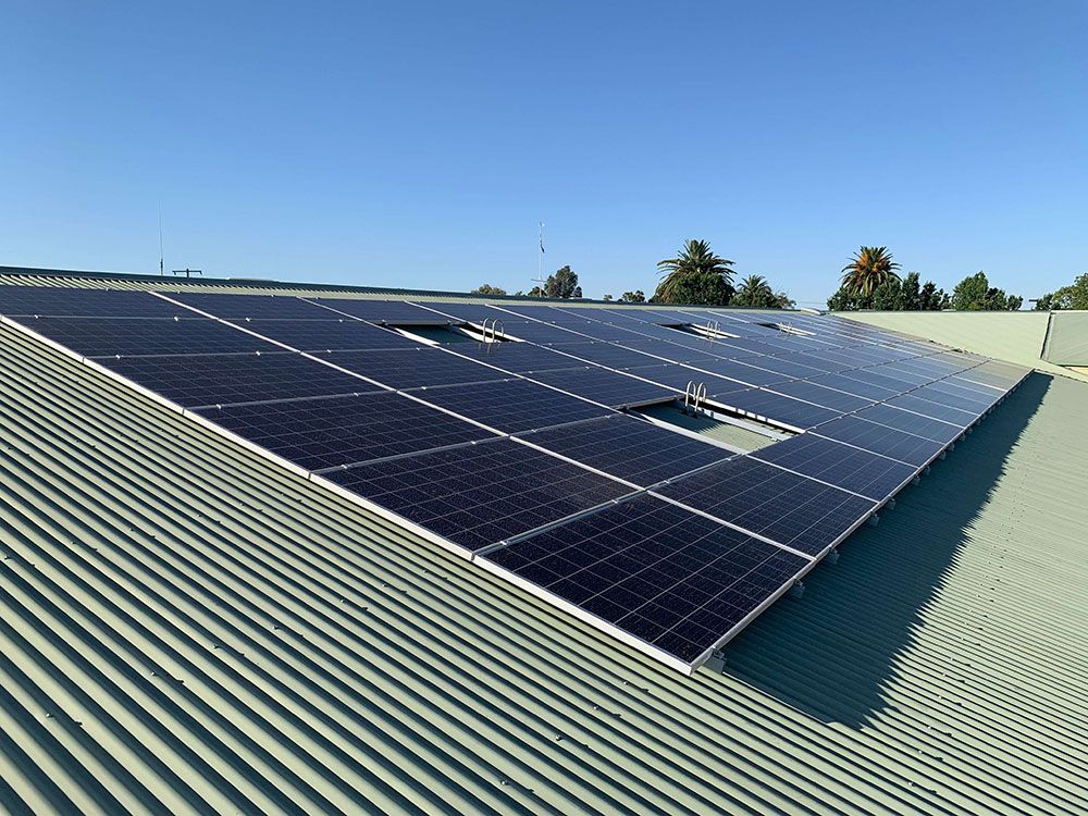 We are providing commercial solar panel installation service around Australia and ASD have completed over 4,000 Solar Photovoltaic installations including multiple large commercial installations across the country. #solar #solarenergy #solarpower #renewableenergy #mamamoo #solarpanels #hwasa #energy