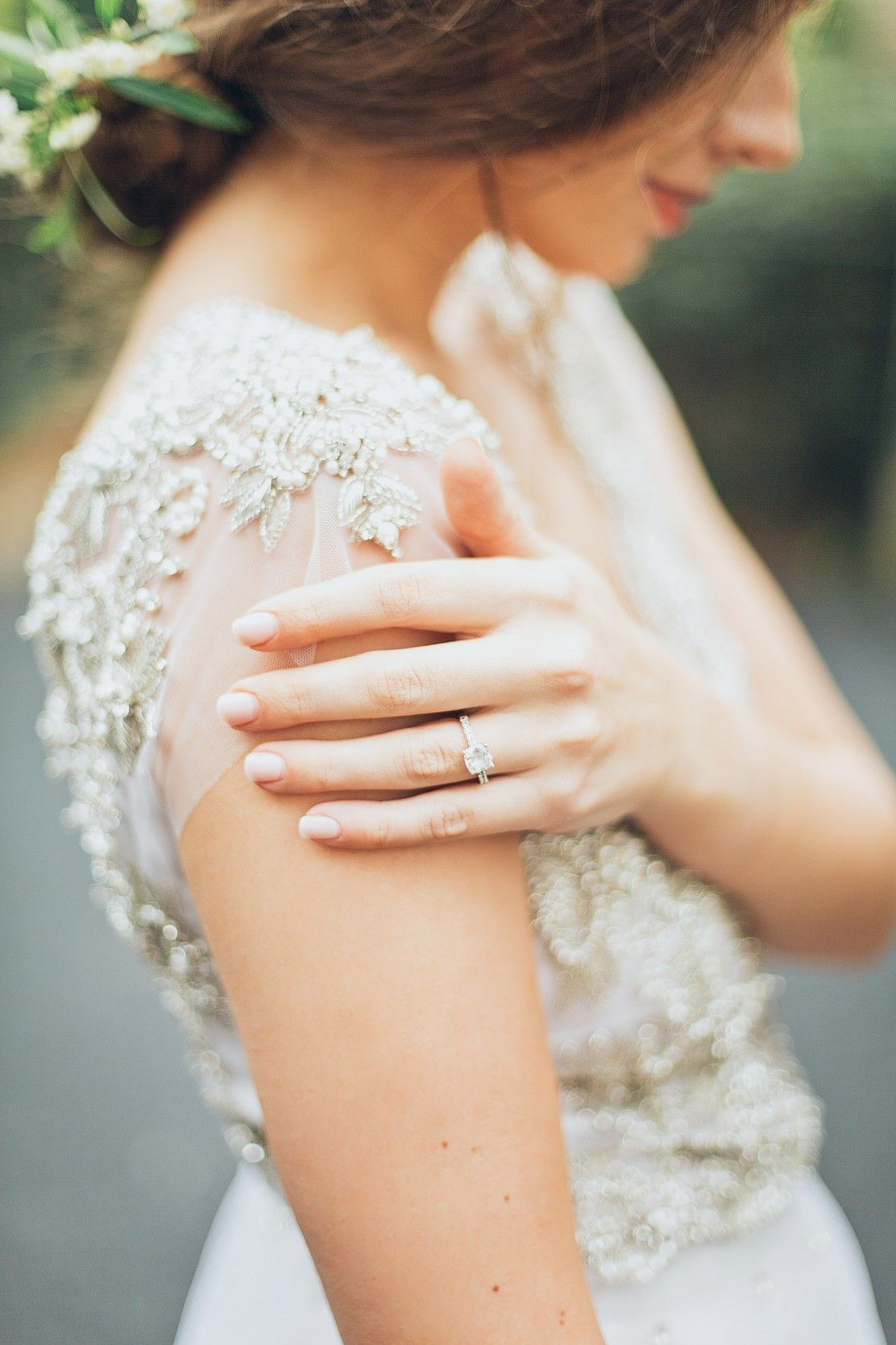 Wedding Ring Finger What Hand Do Your Wedding And Engagement