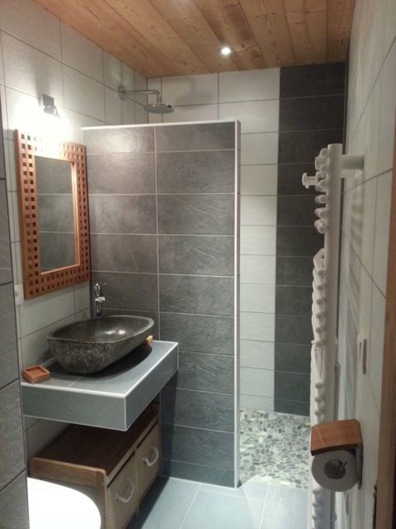 r sultat de recherche d 39 images pour petite salle de douche italienne petite maison. Black Bedroom Furniture Sets. Home Design Ideas