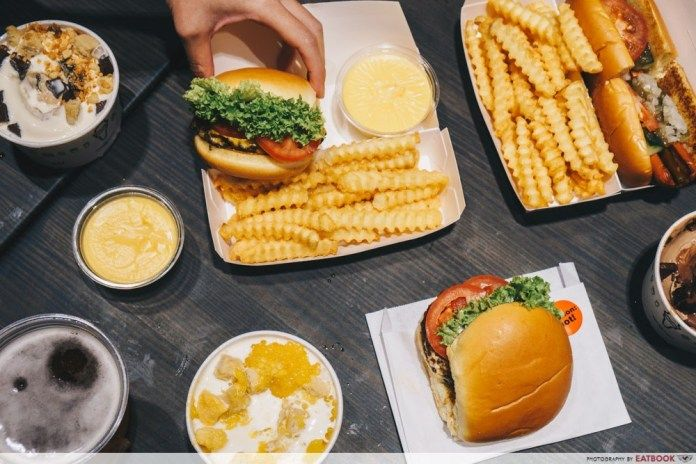 Shake Shack Review First Look At Their Signature Burgers Pandan Milkshake And Gula Melaka Ice Cream Food In 2019 Milkshake Shake Shack Ice Cream