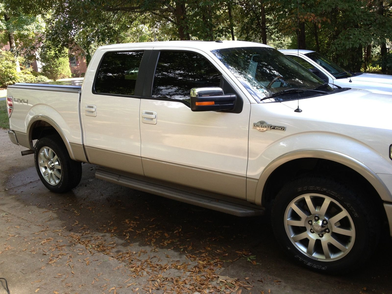 2010_ford_f150_king_ranch_supercrew_5_5ft_bedpic