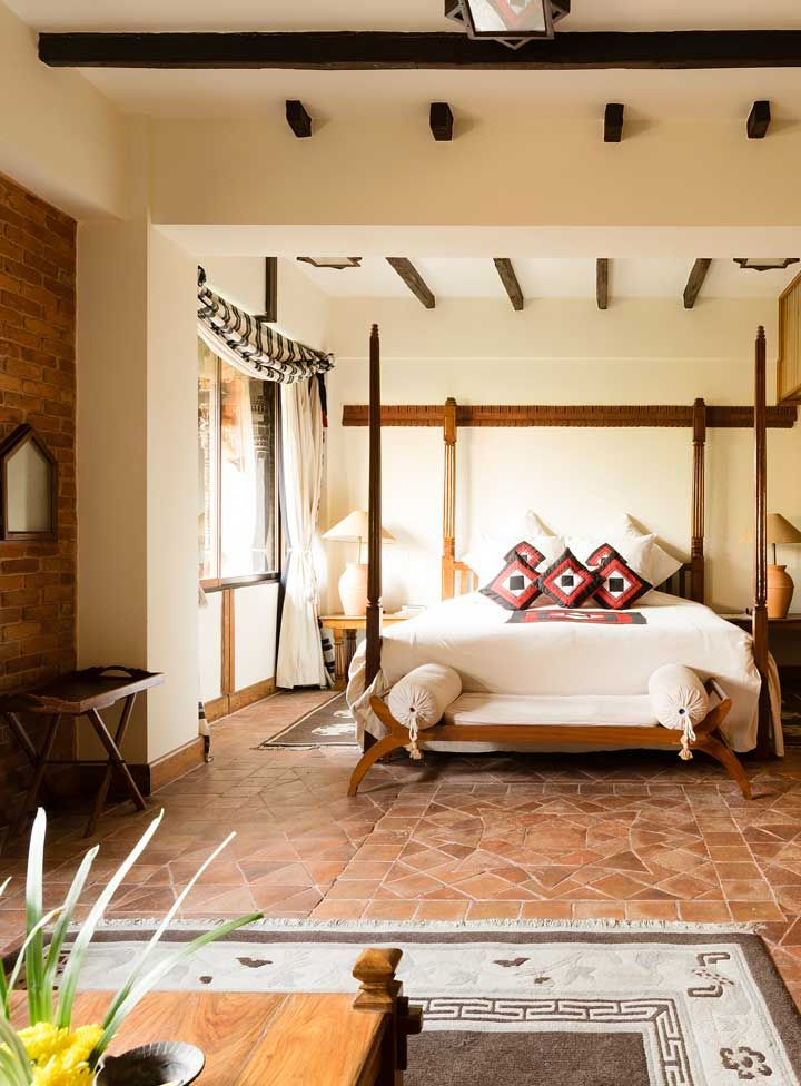 Each Of The Enormous Suites Are Furnished With Nepalese Antiques And Handcrafted Furniture Reflecting The Hotel S Long Hi Bedroom Design Bedroom Diy Home Deco