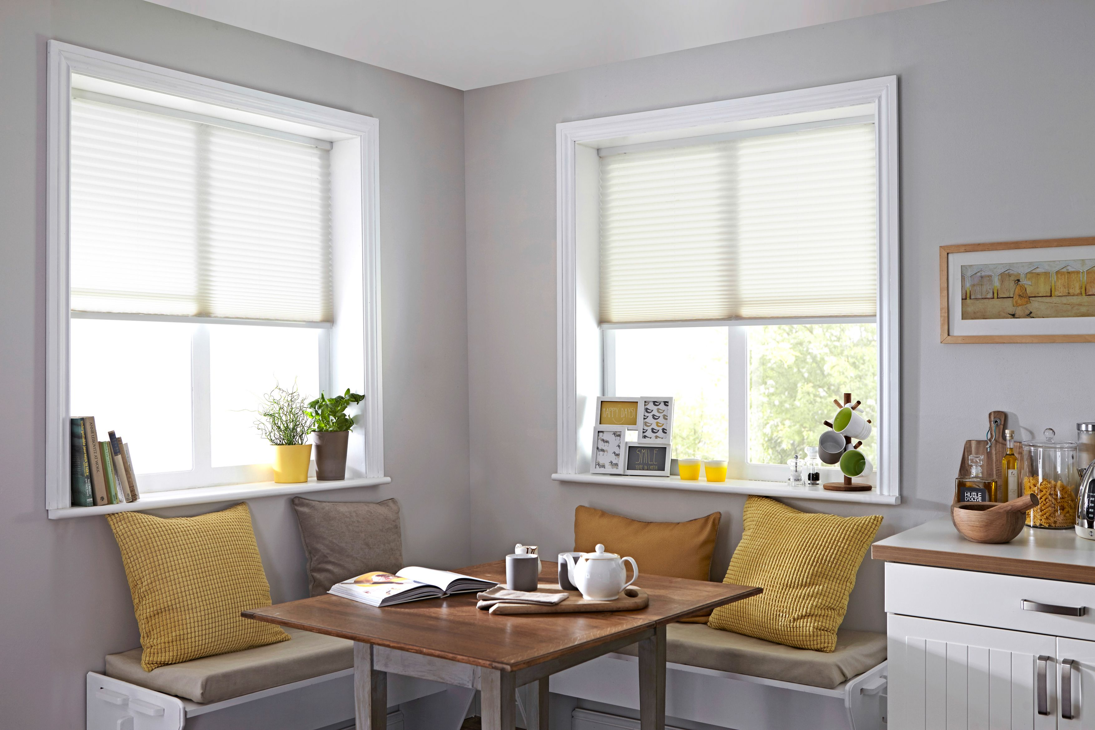 Clean bright white window blinds white blinds from style studio