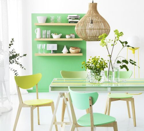 love the color block behind the shelves