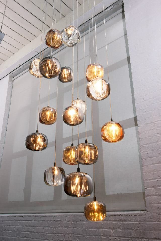 I am in ♥ with these hanging lights from Viso Inc! Love the