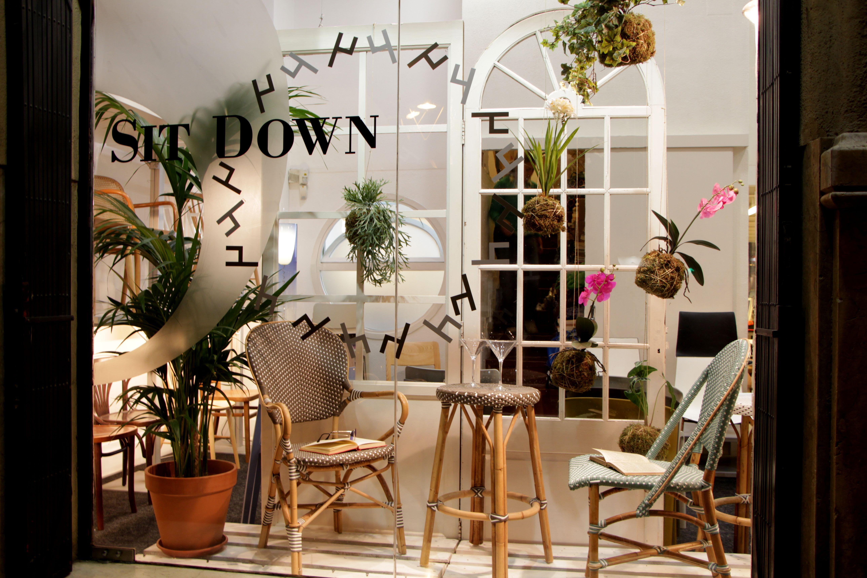 NUEVOS ESCAPARATES EN SIT DOWN www.sitdown.es Ven a visitarnos: C/Mallorca, 331 – Av. Diagonal, 335 BARCELONA