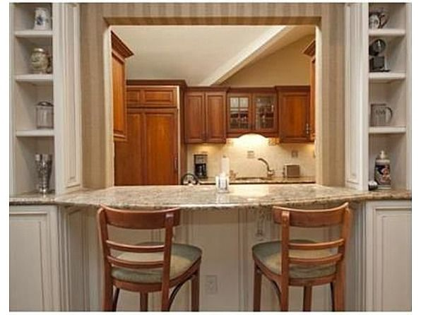 Cut Out From Kitchen To Living Room But W Breakfast Bar On Side