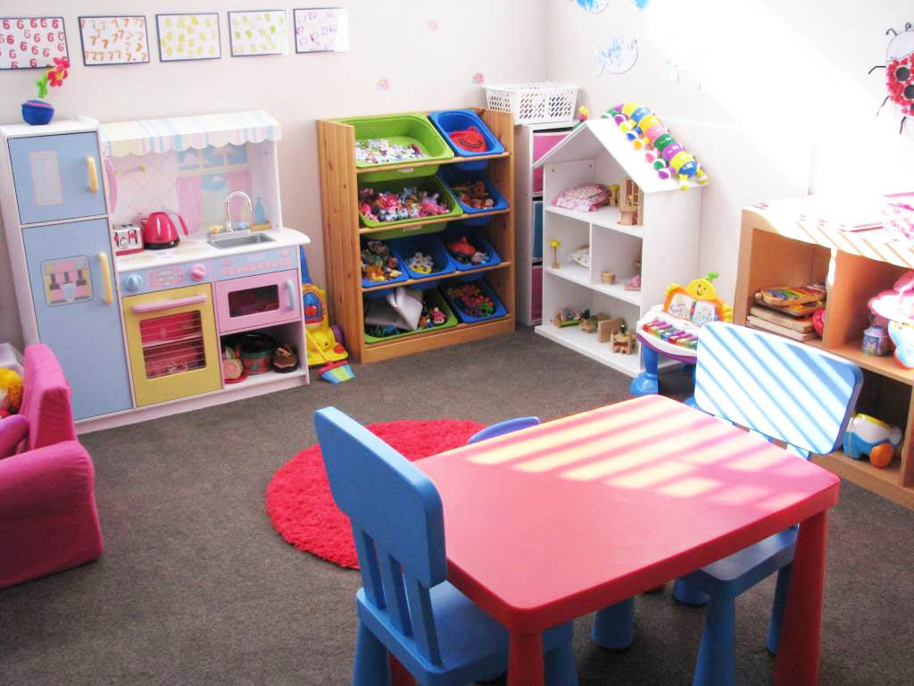 Kids playroom ideas to make the most comfortable and fun for Child room decoration