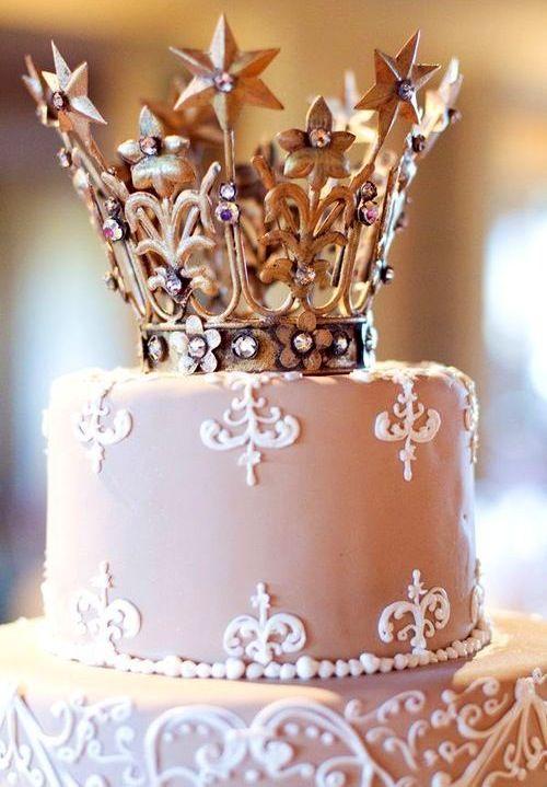 Crowned Cake