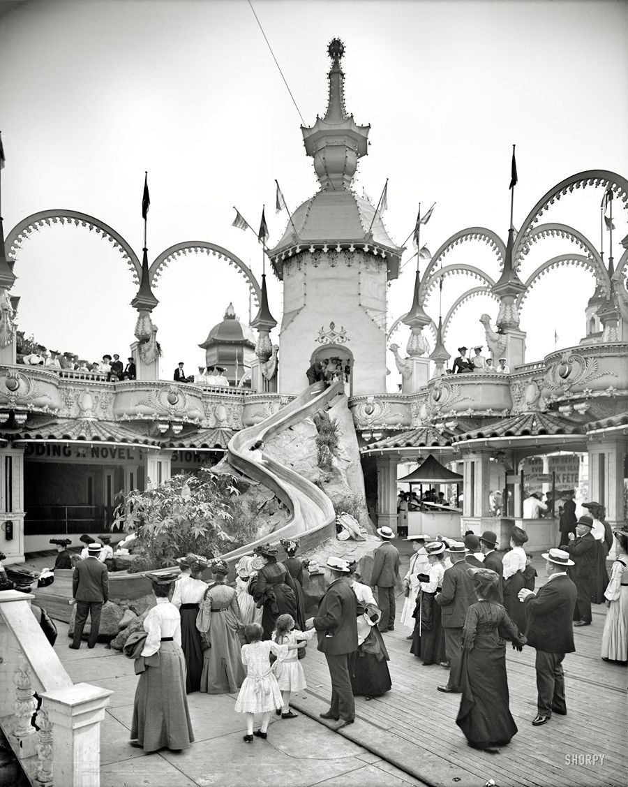 Helter Skelter - Coney Island, NY Circa 1905 | Community Post: 17 Vintage Thrill Rides Of Questionable Safety