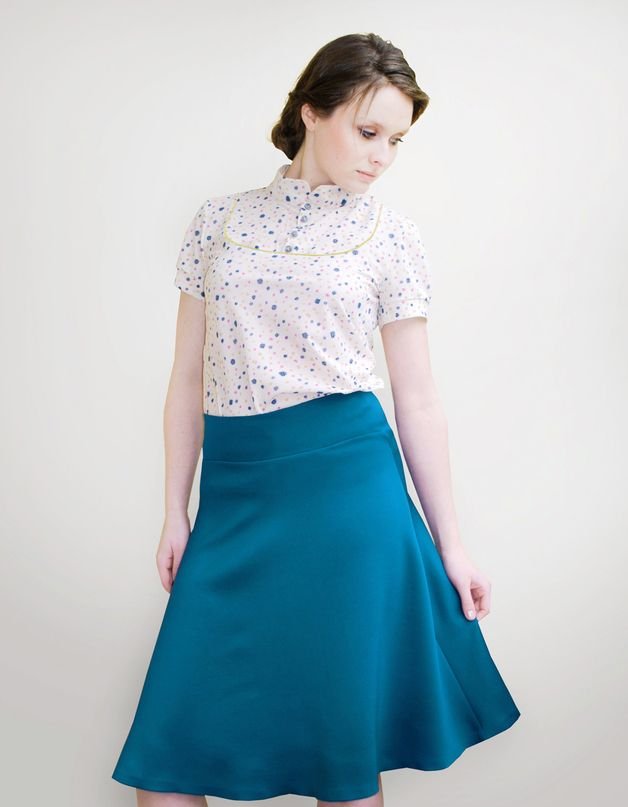 petrolblauer schwingender Rock aus Jersey // wide jersey skirt in ...