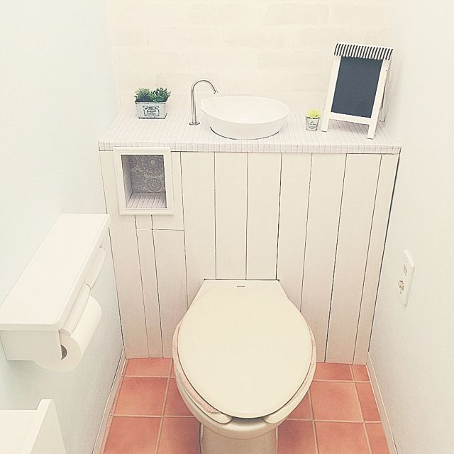 Diy用木材一覧 種類別 おすすめの使い方と塗装実例 古い トイレ