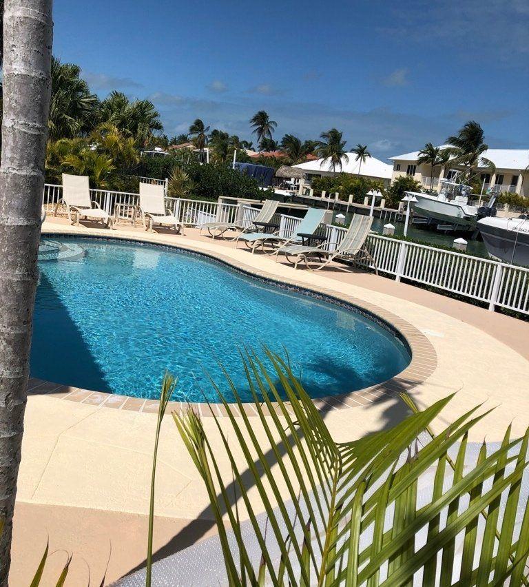 SUN & FUNTROPICAL POOL HOME Key Colony Beach Vacation