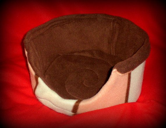 Cozy Critters Comfy Couch by RosiesCozyCritters on Etsy, $15.00
