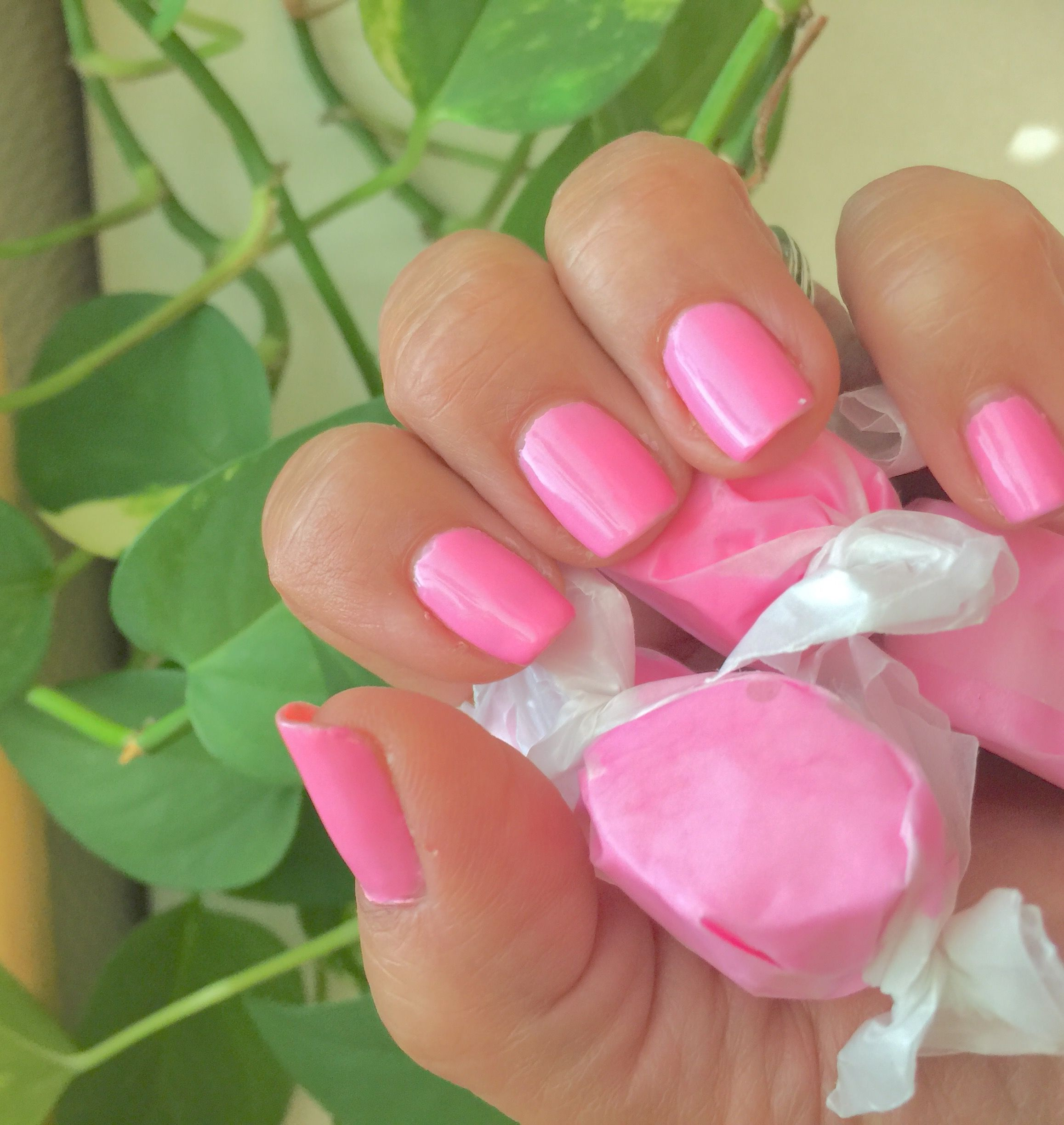 Bubble Gum Nail Art: Pin By Christine Dean On Jamberry Nails