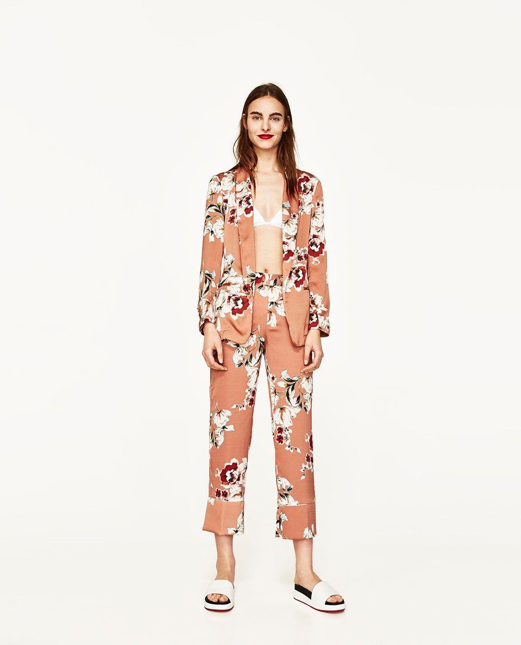 85b7f8120a6f PANTALÓN ESTAMPADO FLORES | In Studio | Printed blazer, Zara suits ...