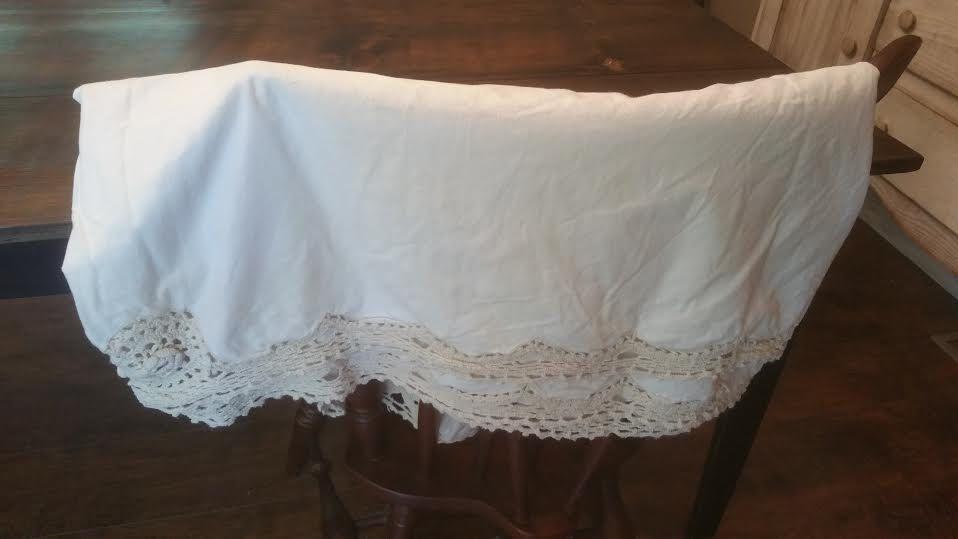 Vintage Crochet Bedskirt Shaby Chic Bedskirt Vintage Bedskirt