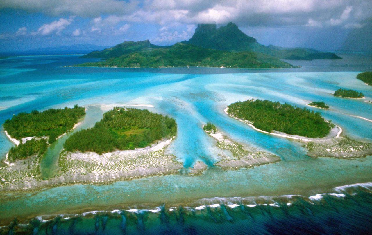 """* Ilha de Bora-Bora *  """"Arquipélago de Sociedade"""", Polinésia Francesa. Área: 29,3 Km²."""