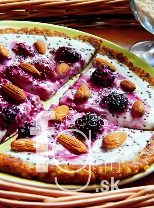 Raňajková pizza s ovocím