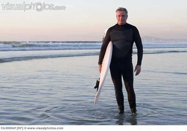 surfer_standing_in_water