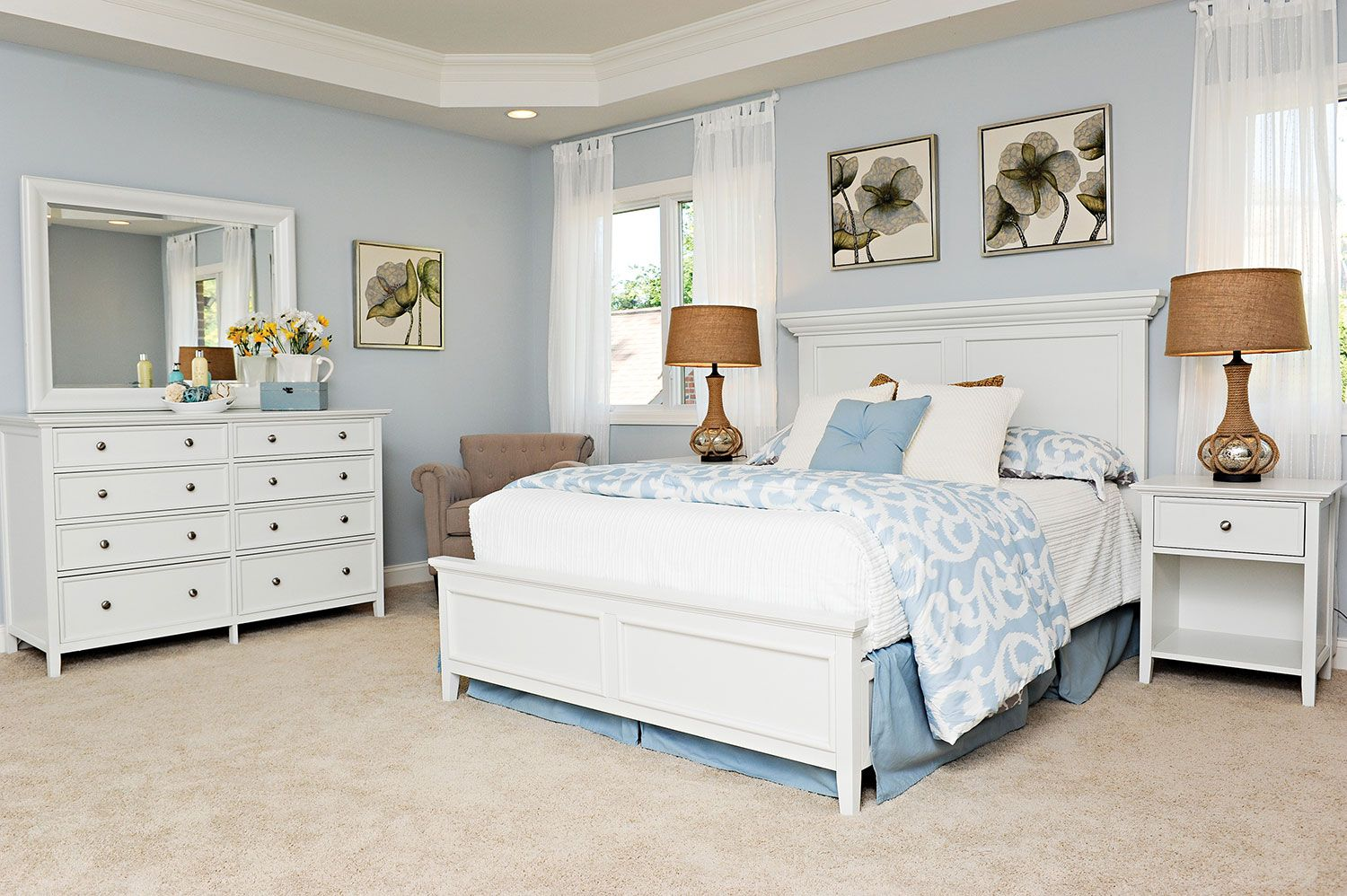 Enjoyable Ellsworth 4 Piece Queen Bedroom Set White In 2019 Download Free Architecture Designs Pushbritishbridgeorg