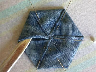 Polka Dot Pineapple: Tutorial--Folded Hexagon Yo-Yo