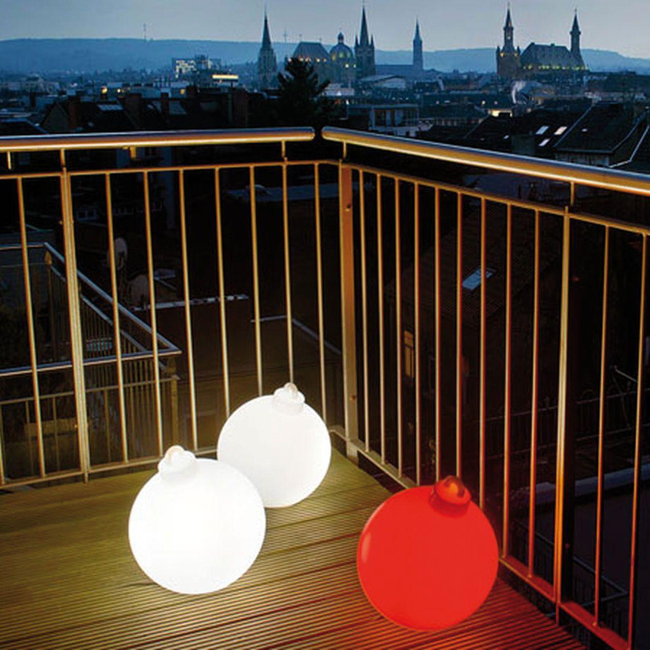 leuchtkugeln christbaum weihnachtsbeleuchtung aussen pinterest aussen beleuchtung und. Black Bedroom Furniture Sets. Home Design Ideas