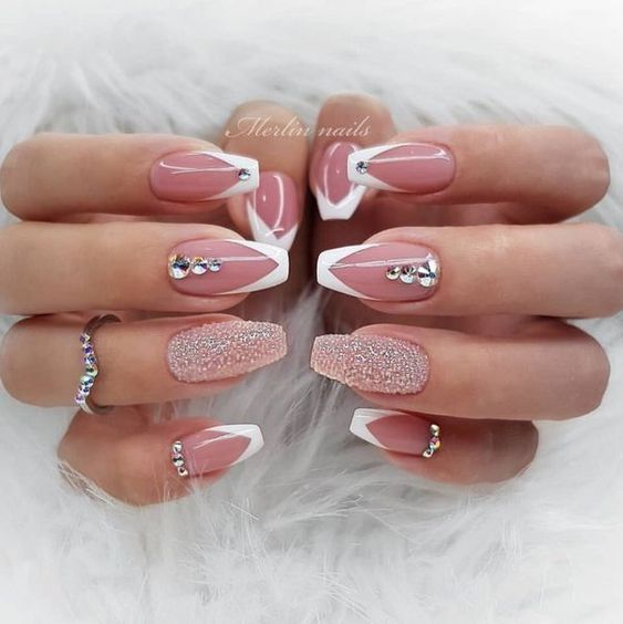 Pin By U Are Amazing On Nails Nails Design With Rhinestones Elegant Nails Elegant Nail Designs
