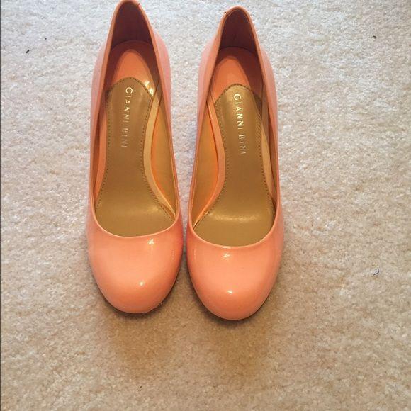 Gianni Bini Coral Pumps Coral Gianni Bini pumps. Low heel. Never worn. Gianni Bini Shoes Heels