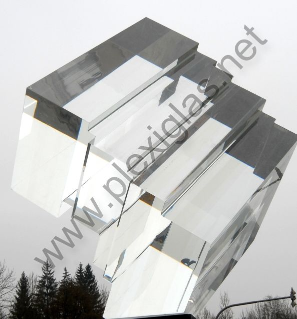 "http://www.plexiglas.net/product/plexiglas/en/references/references-lighting-technologies/Pages/illuminated-crystal.aspx""Salt is born of the purest parents, the sun and the sea,"" said Pythagoras. So it takes an extremely clear material to represent an ultra-pure salt crystal in an art work. Like the one used on the bridge over the Ilz in Passau for the historical salt trade route:  PLEXIGLAS® GS."