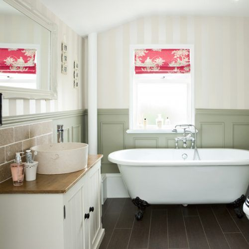 Be In Inspired By This Elegant Bathroom Makeover With Periodstyle - Country bathroom makeovers