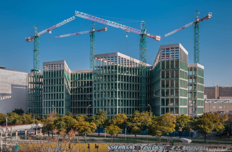 Oficinas-Consejerias-Junta-Andalucia-Sevilla_Design-exterior-obra-estructura-hormigon_Cruz-y-Ortiz-Arquitectos_FWO-O_01