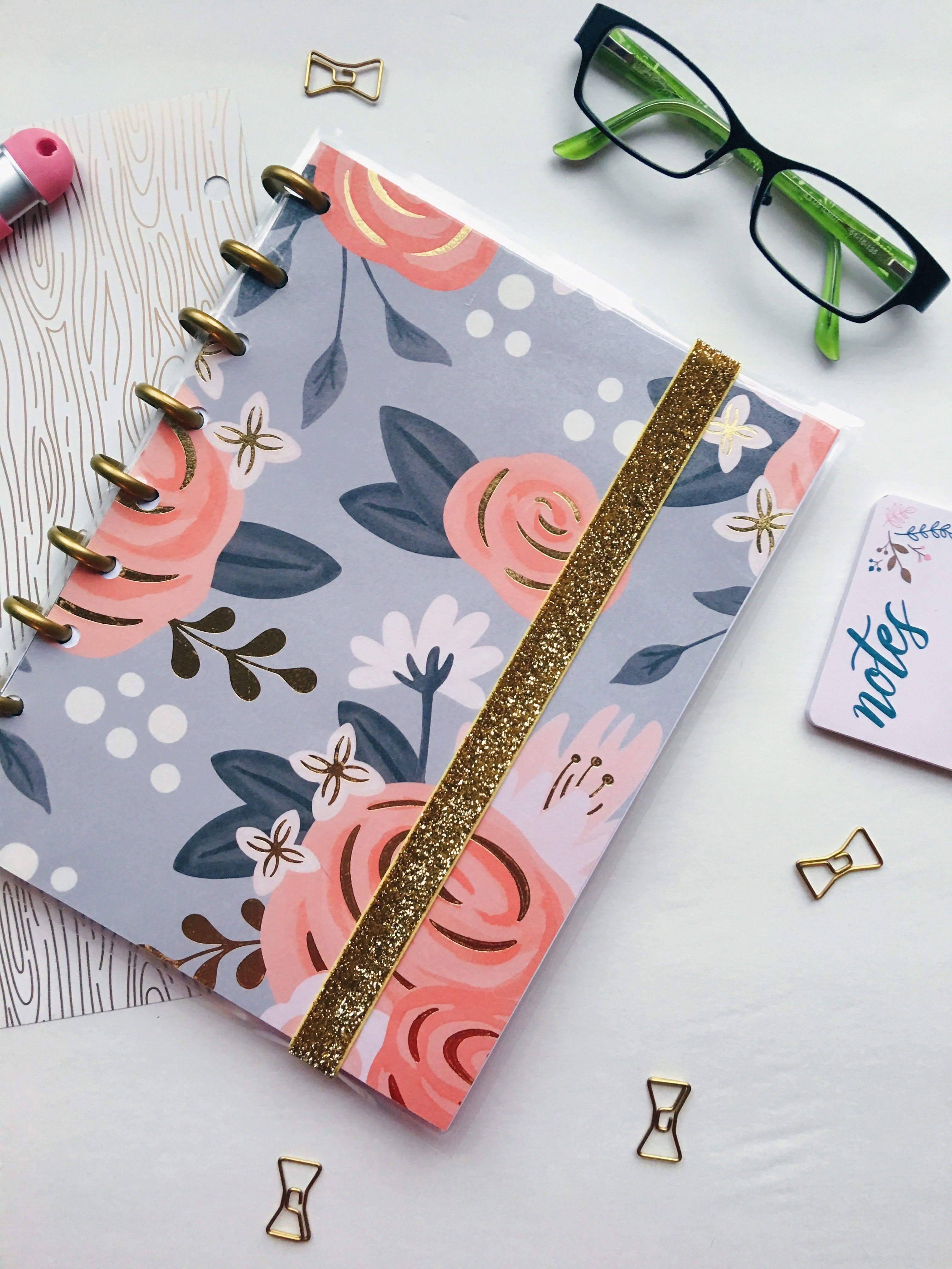 My Drifting Desk | Paper Trail Planners - Customizable planners. Blogger planner to help organize your blog + biz!