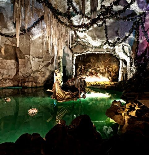 Venusgrotte Schlo Linderhof Ettal Germany Vacation Places Breathtaking Places Places To Go