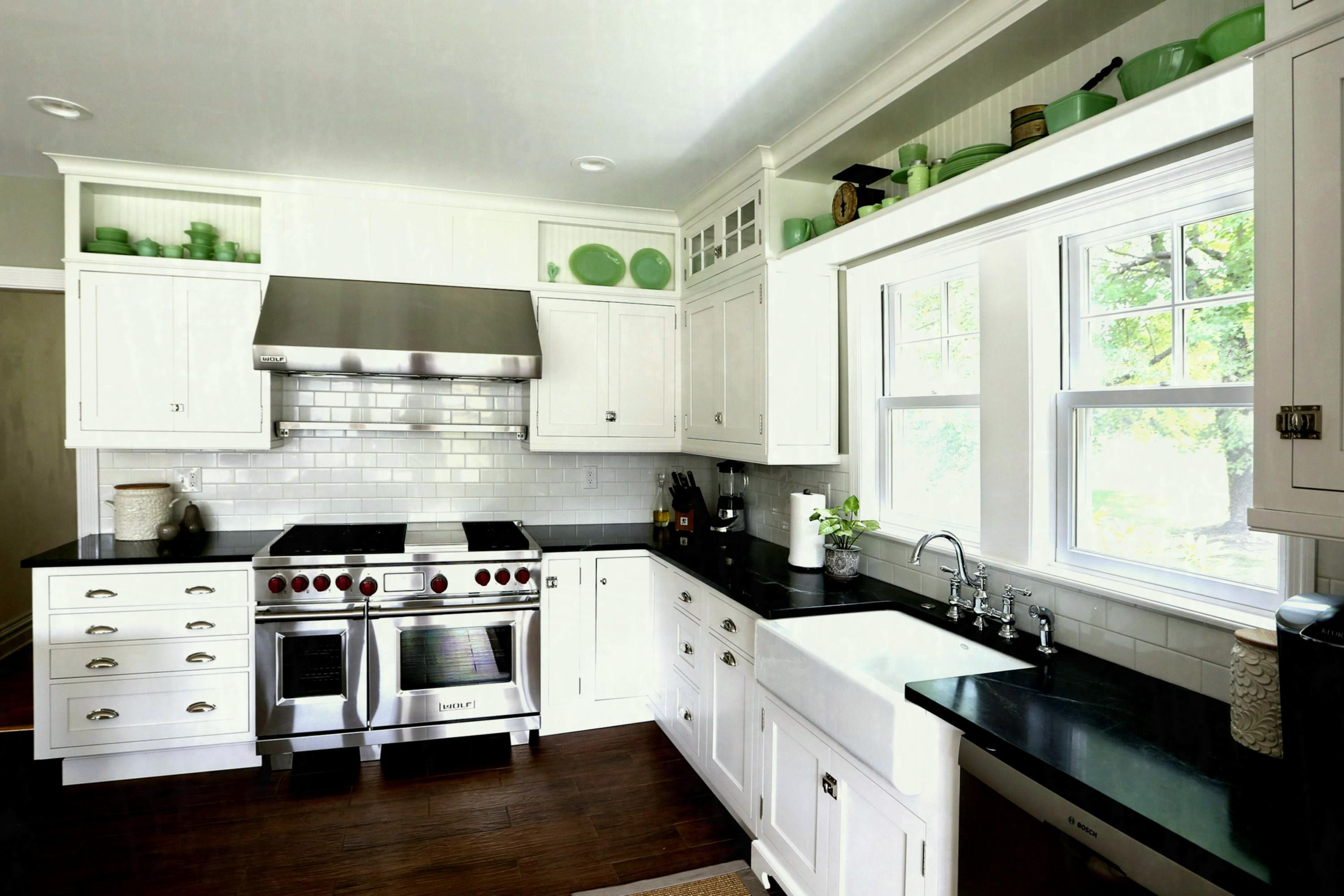 Inspiring Ideas For White Kitchen Cabinets Design And Black Countertop