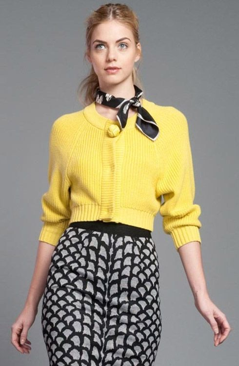How to Wear Cropped Sweaters With Skirts
