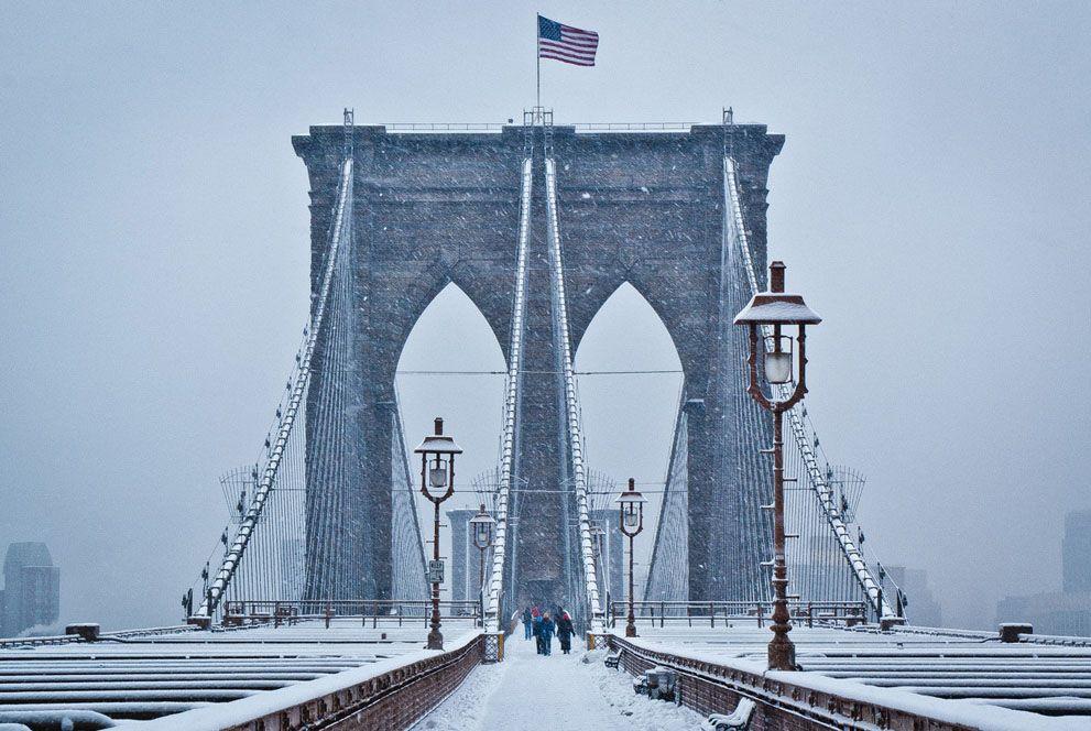 Brooklyn Bridge by Wayne Bennett