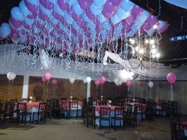 Decoracion de salones de 15 a os con globos fiestas for Decoracion con globos 50 anos
